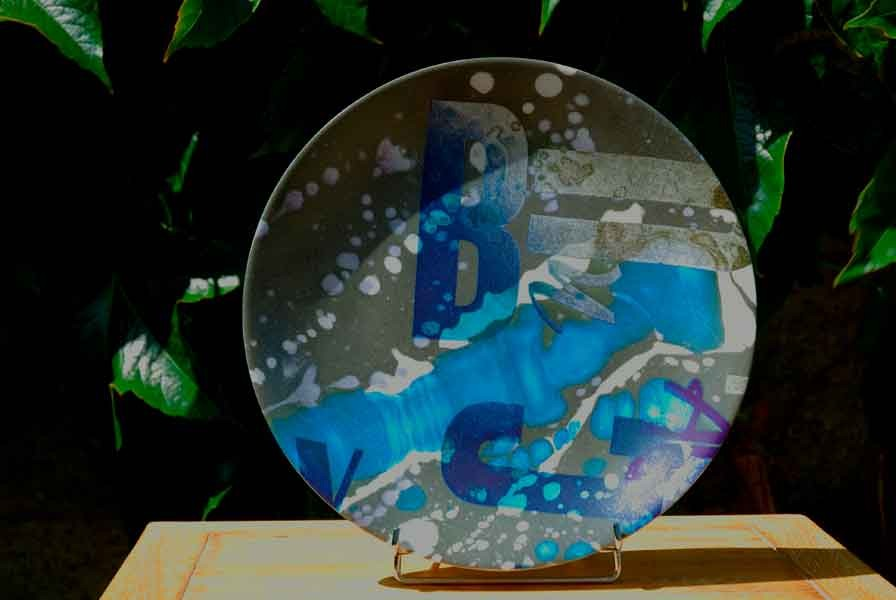 « Quand tu cuisines, je mange de la typo&poésie bleue » Isa Slivance & Serg Gicquel